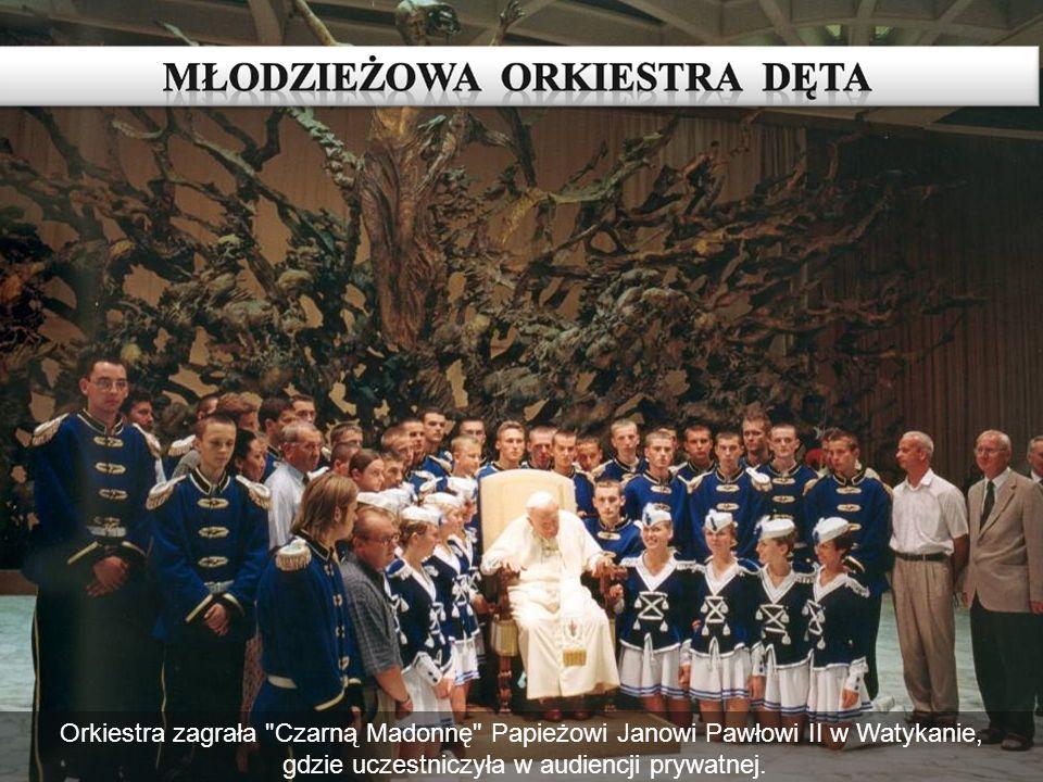 MŁODZIEŻOWA ORKIESTRA DĘTA Orkiestra zagrała