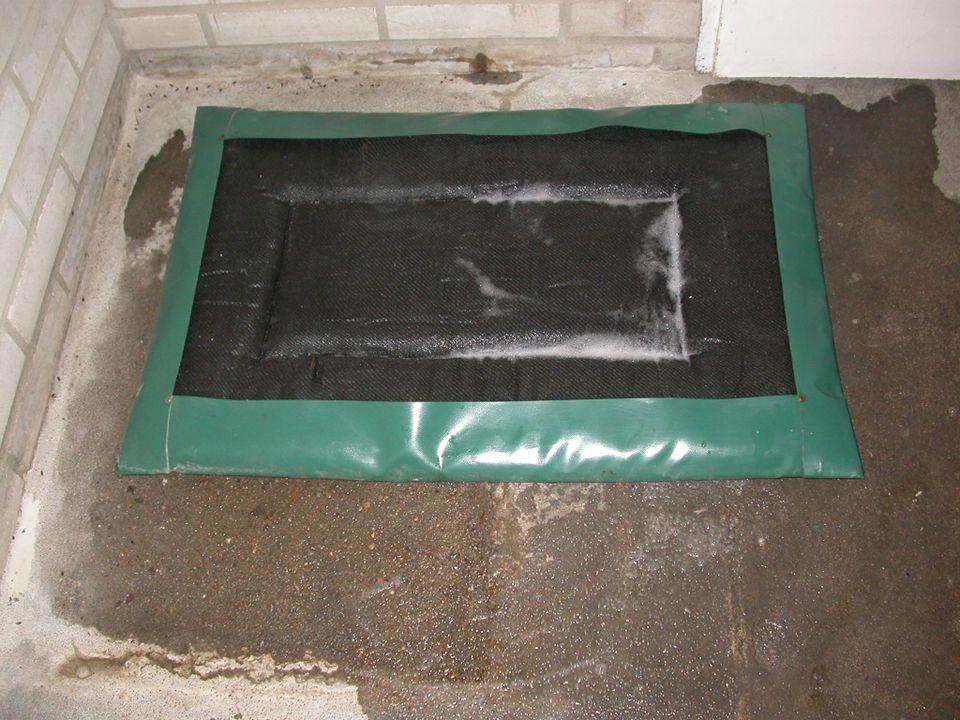 Zabezpieczenie sanitarne fermy SALMONELLA Kompetycyjne wykluczanie Szczepienia Zabiegi technologiczne przy produkcji pasz FERMA Leczenie Higiena sanit