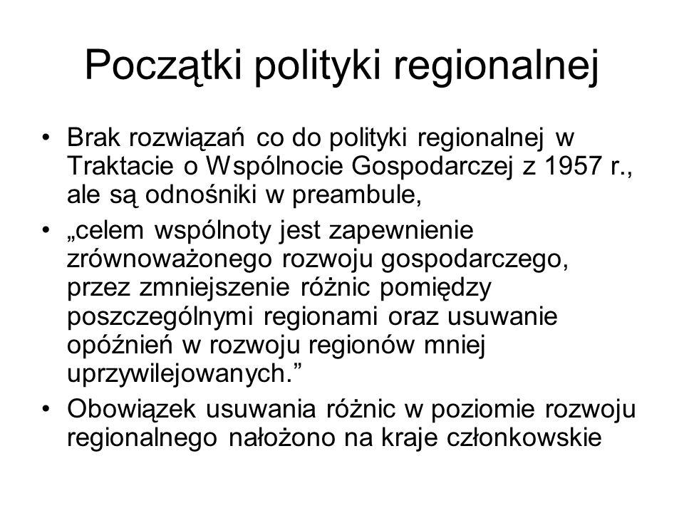 Definicje polityki regionalnej (strukturalnej) Jedna z wielu dziedzin polityki gospodarczej państwa, Świadoma i celowa działalność organów władzy publicznej, zmierzająca do rozwoju społeczno- ekonomicznego regionów, czyli mająca na celu optymalne wykorzystanie zasobów regionów dla trwałego wzrostu gospodarczego i podnoszenia ich konkurencyjności, Polityka wyrównywania szans regionów, ze szczególnym uwzględnieniem regionów najsłabszych