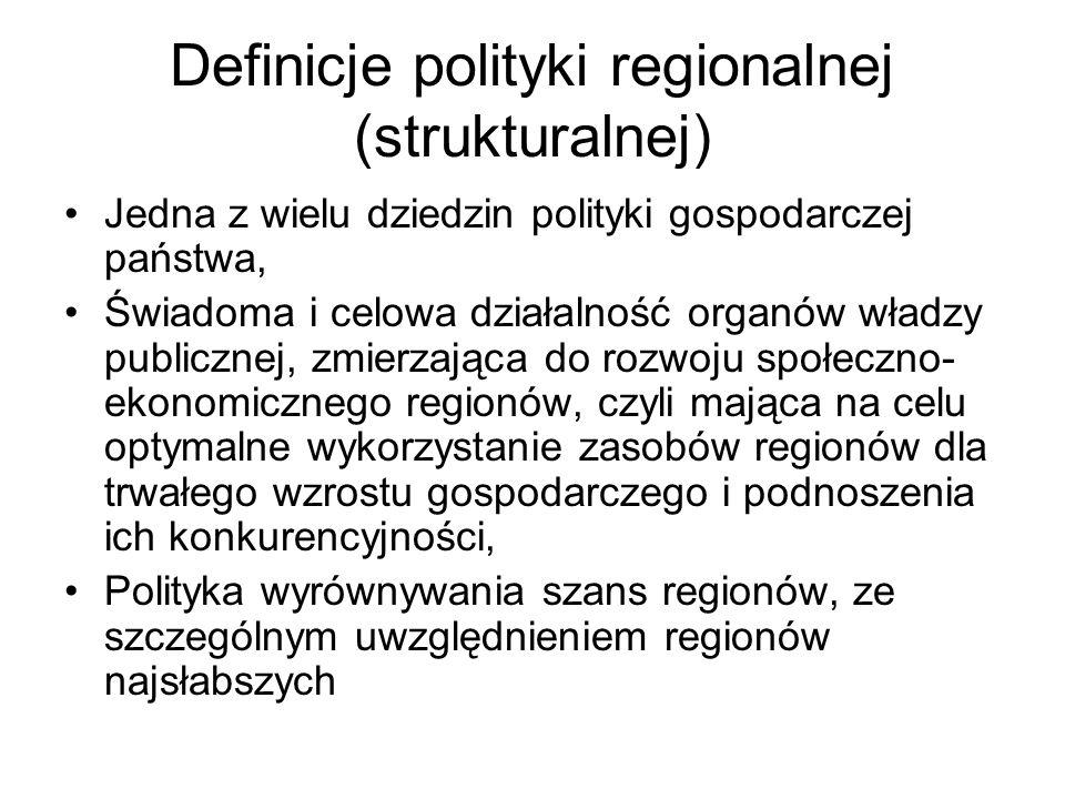 NAJWAŻNIEJSZE ZASADY 1) subsydiarności - wszystkie działania powinny być podejmowane na możliwie najniższym szczeblu, który jest w stanie je realizować, 2) partnerstwa - współpraca Komisji z władzami krajowymi, lokalnymi i regionalnymi oraz innymi kompetentnymi ciałami (partnerzy społeczni i gospodarczy), programowania - podstawą otrzymania wsparcia jest planowanie (plany i programy rozwojowe) w pewnym przyjętym przez Wspólnotę horyzoncie, koncentracji - manifestuje się w wyborze pięciu wiodących celów i koncentracji ok.
