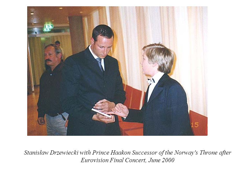 Stanisław Drzewiecki with Prince Haakon Successor of the Norway's Throne after Eurovision Final Concert, June 2000
