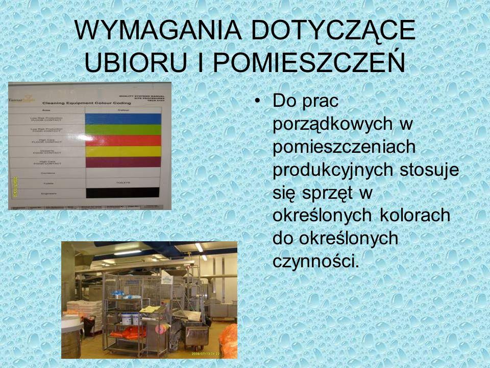 Do prac porządkowych w pomieszczeniach produkcyjnych stosuje się sprzęt w określonych kolorach do określonych czynności.
