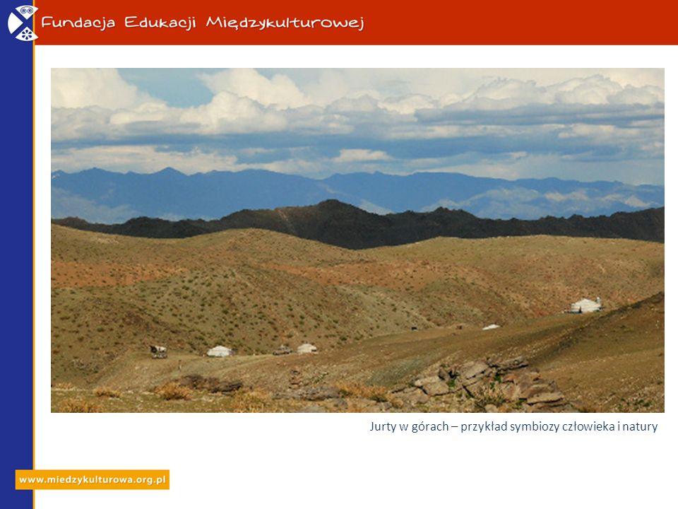 Jurty w górach – przykład symbiozy człowieka i natury