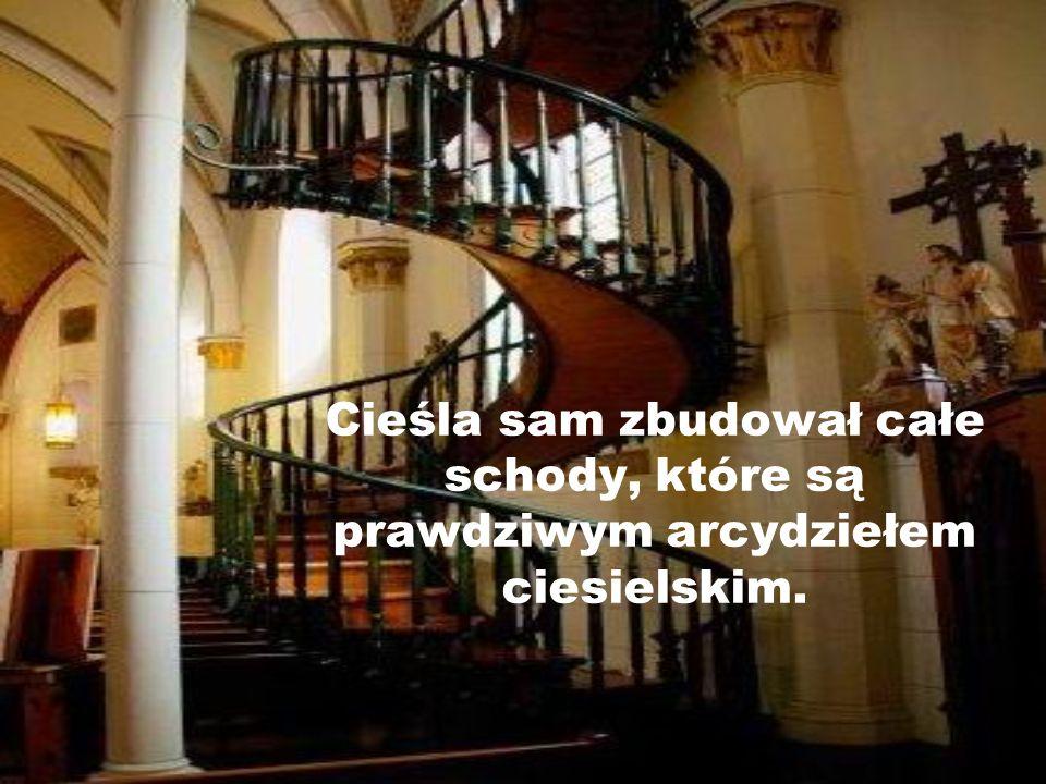 W ostatni dzień modlitw obcy mężczyzna zapukał do drzwi i oświadczył, że jest cieślą i pomoże siostrom w zbudowaniu schodów.