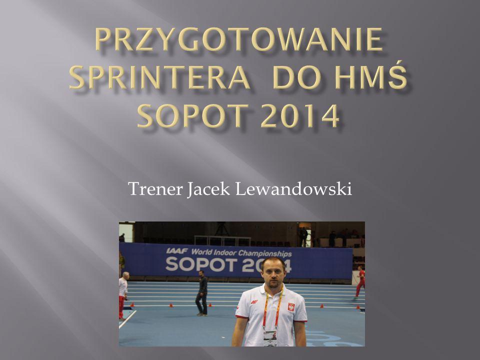 Trener Jacek Lewandowski
