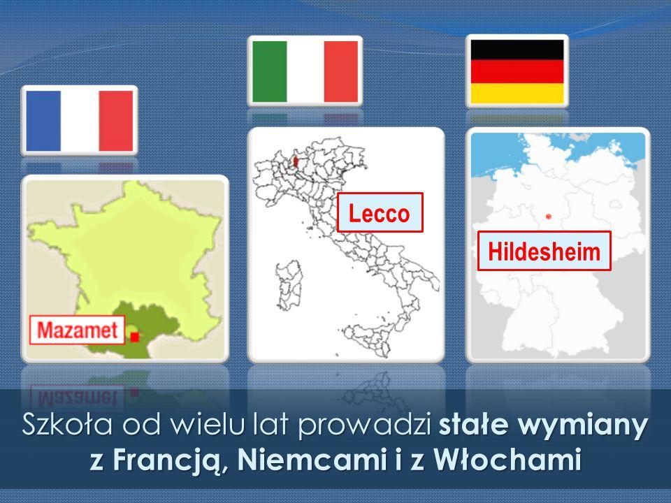 Szkoła od wielu lat prowadzi stałe wymiany z Francją, Niemcami i z Włochami Hildesheim Lecco