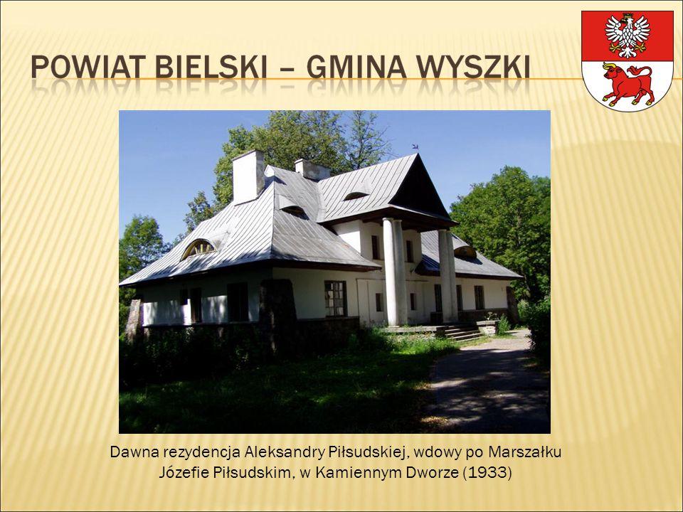 Dawna rezydencja Aleksandry Piłsudskiej, wdowy po Marszałku Józefie Piłsudskim, w Kamiennym Dworze (1933)