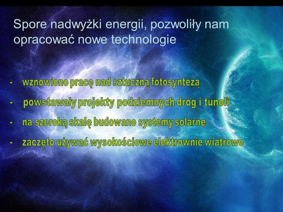 Technologia sztucznej fotosyntezy opracowana przez zespół pod kierownictwem Dobiesława Nazimka polega na syntezowaniu metanolu z wody i dwutlenku węgla 2 CO2 + 4 H2O → 2 CH3OH + 3 O2