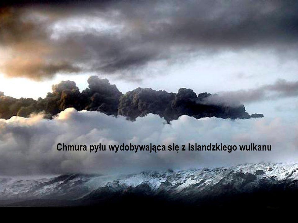 Chmura pyłu wydobywająca się z islandzkiego wulkanu