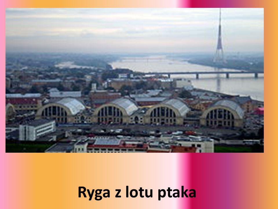 Ryga - Uniwersytet Łotewski Ryga - Uniwersytet Łotewski Uniwersytet Łotewski w Rydze to główny uniwersytet na Łotwie, założony w 1919 r., gdzie na 13 wydziałach uczy się obecnie około 28 tys....