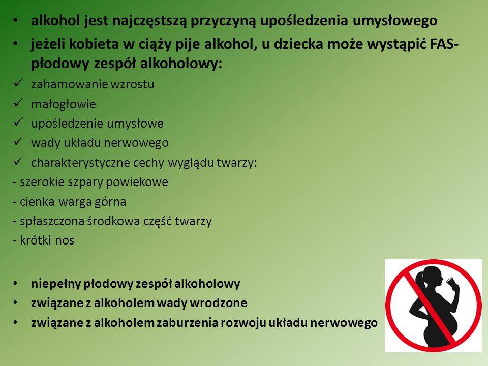 Żywność śmieciowa 1)Toksyczne chipsy polscy uczeni dowiedli, że regularne jedzenie chipsów ziemniaczanych znacznie zwiększa ryzyko chorób serca chipsy zawierają duże ilości akrylamidu- związku rakotwórczego, toksyny dla układu nerwowego a także jest to substancja wywołująca stany zapalne akrylamid jest szczególnie niebezpieczny dla dzieci