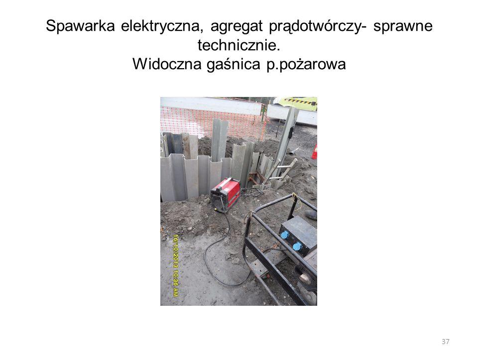 Spawarka elektryczna, agregat prądotwórczy- sprawne technicznie. Widoczna gaśnica p.pożarowa 37