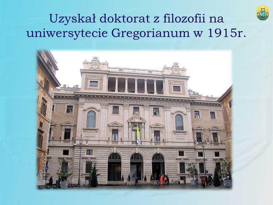 Uzyskał doktorat z filozofii na uniwersytecie Gregorianum w 1915r.