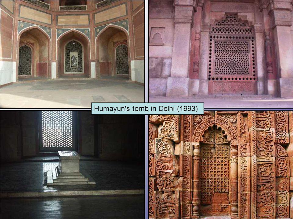 Humayun's tomb in Delhi (1993)