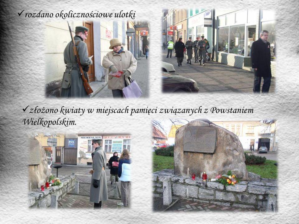 złożono kwiaty w miejscach pamięci związanych z Powstaniem Wielkopolskim. rozdano okolicznościowe ulotki