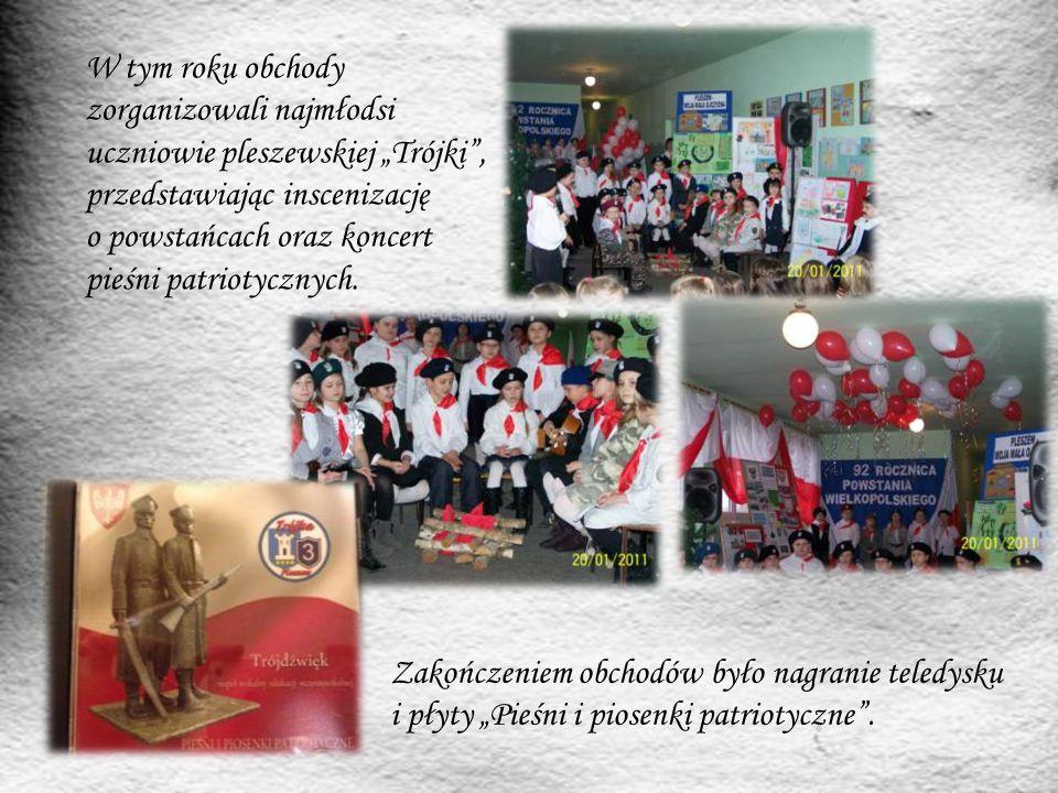 """W tym roku obchody zorganizowali najmłodsi uczniowie pleszewskiej """"Trójki"""", przedstawiając inscenizację o powstańcach oraz koncert pieśni patriotyczny"""
