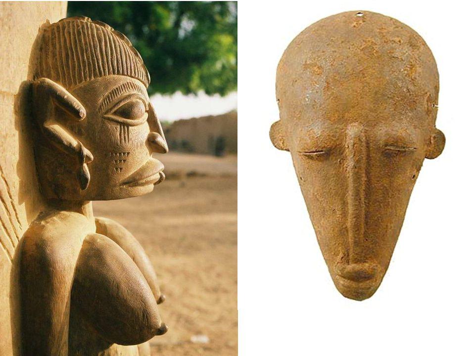 Sztuka Dogonów jest jedną z najciekawszych w całej Afryce, zwłaszcza wielkie zainteresowanie wzbudzają maski (około 80 rodzajów), które wykorzystywane