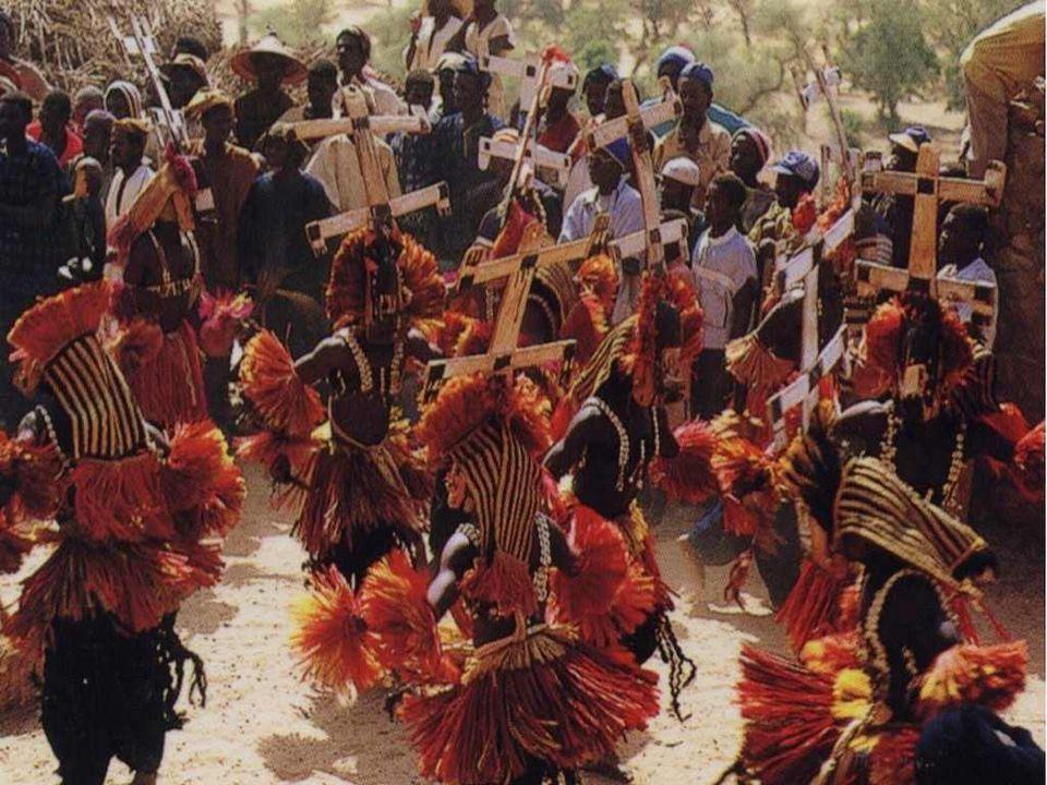 Le djembé est un instrument de percussion africain composé d'une pièce de bois en forme de calice recouvert d'une peau de chèvre ou d'antilope DJEMBE