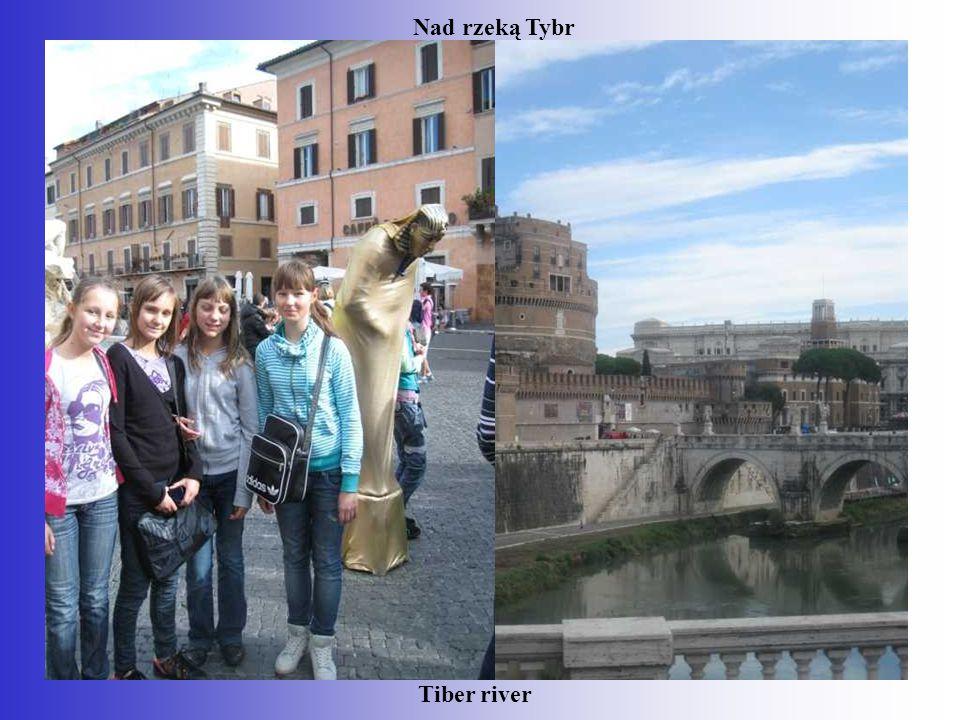 Tiber river Nad rzeką Tybr