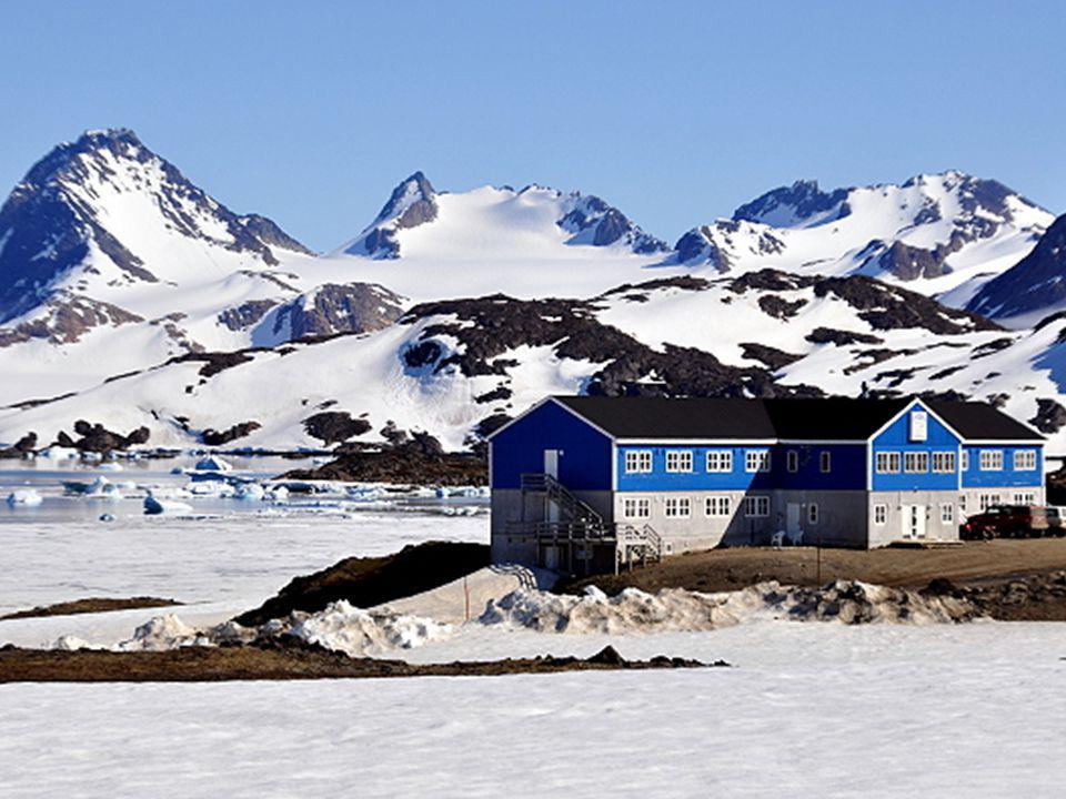 Kulusuk (duń. Kap Dan) – miejscowość w południowo- wschodniej Grenlandii, w okolicy Tasiilaq (Ammassalik). Mieszka tu około 310 osób. Większość mieszk