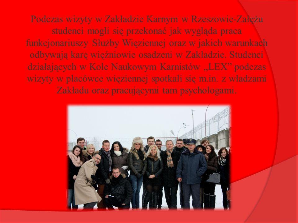 Podczas wizyty w Zakładzie Karnym w Rzeszowie-Załężu studenci mogli się przekonać jak wygląda praca funkcjonariuszy Służby Więziennej oraz w jakich wa