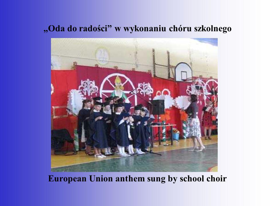 """""""Oda do radości w wykonaniu chóru szkolnego European Union anthem sung by school choir"""
