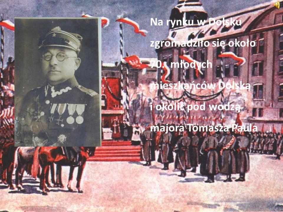 Na rynku w Dolsku zgromadziło się około 70. młodych mieszkańców Dolska i okolic pod wodzą majora Tomasza Paula