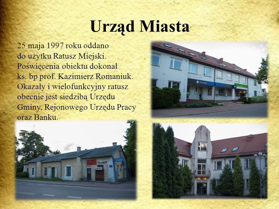 Urząd Miasta 25 maja 1997 roku oddano do użytku Ratusz Miejski.