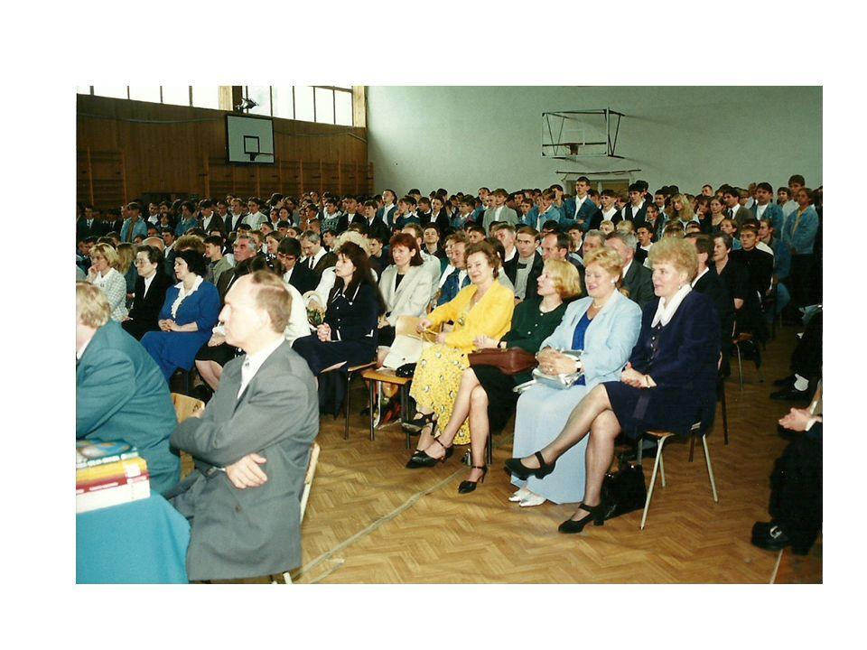 1993 Oddanie Sali gimnastycznej