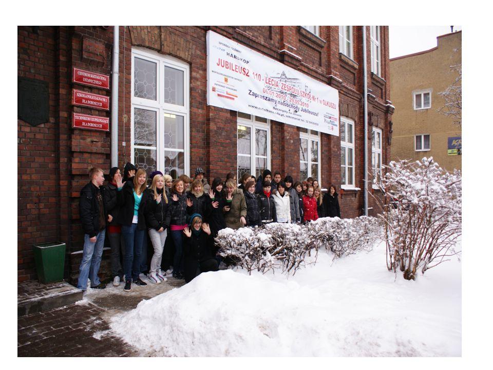 pierwsza w jej historii kobieta od 1 września 2006 roku, funkcję Dyrektora Szkoły pełni pierwsza w jej historii kobieta, mgr inż. Aldona Nowicka.
