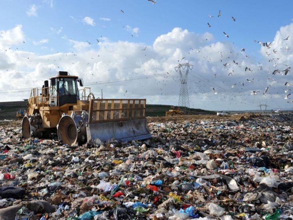 Recykling energetyczny zwany też odzyskiem energii jest to proces, w którym odzyskuje się w części energię zużytą na wytworzenie wyrobów i towarów, usuniętych po zużyciu na wysypisko, w tym także odpadów opakowaniowych.