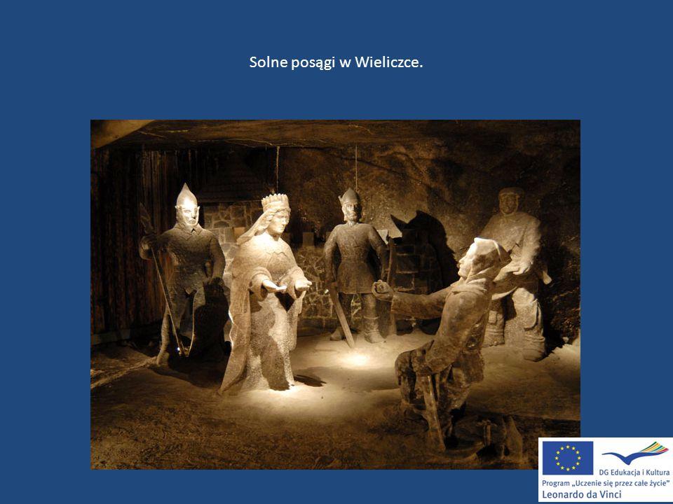 Solne posągi w Wieliczce.