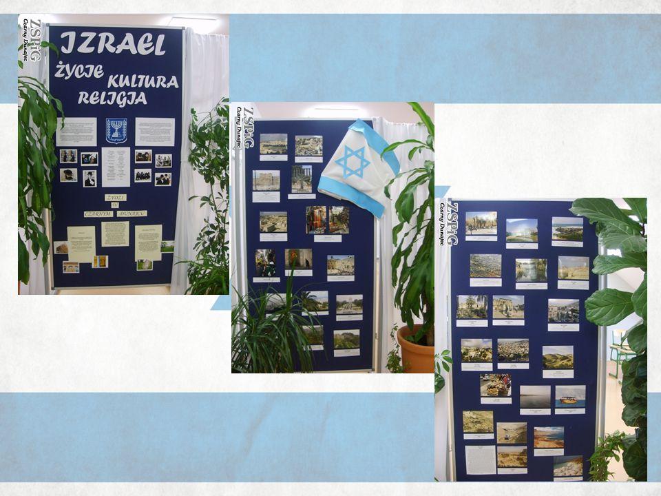- literaturę – i tutaj można było obejrzeć książki i czasopisma napisane w języku hebrajskim, które otrzymałyśmy dzięki uprzejmości Miejskiej Biblioteki Publicznej im.