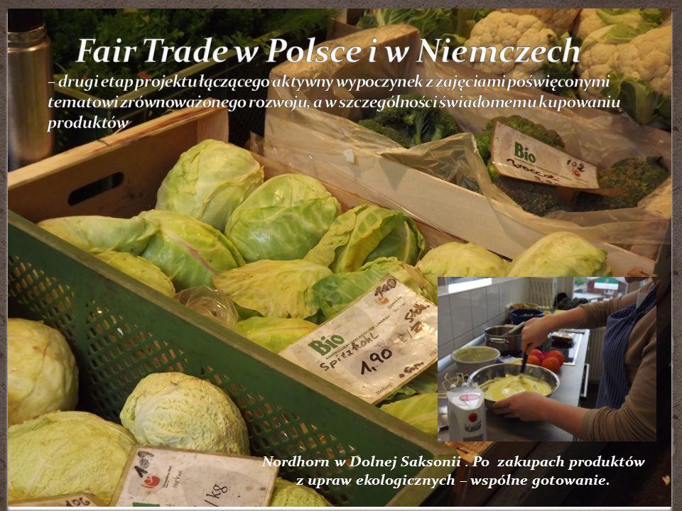 Nordhorn w Dolnej Saksonii. Po zakupach produktów z upraw ekologicznych – wspólne gotowanie.