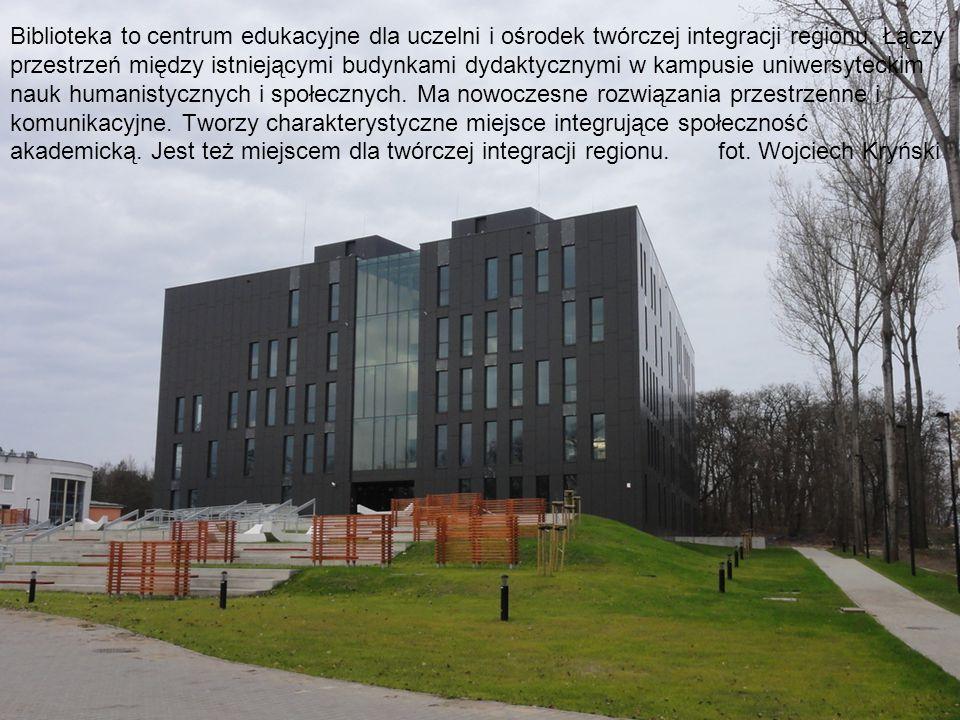 Biblioteka to centrum edukacyjne dla uczelni i ośrodek twórczej integracji regionu. Łączy przestrzeń między istniejącymi budynkami dydaktycznymi w kam