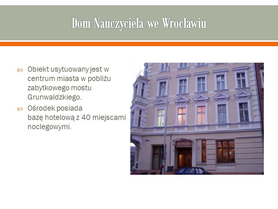  Obiekt usytuowany jest w centrum miasta w pobliżu zabytkowego mostu Grunwaldzkiego.