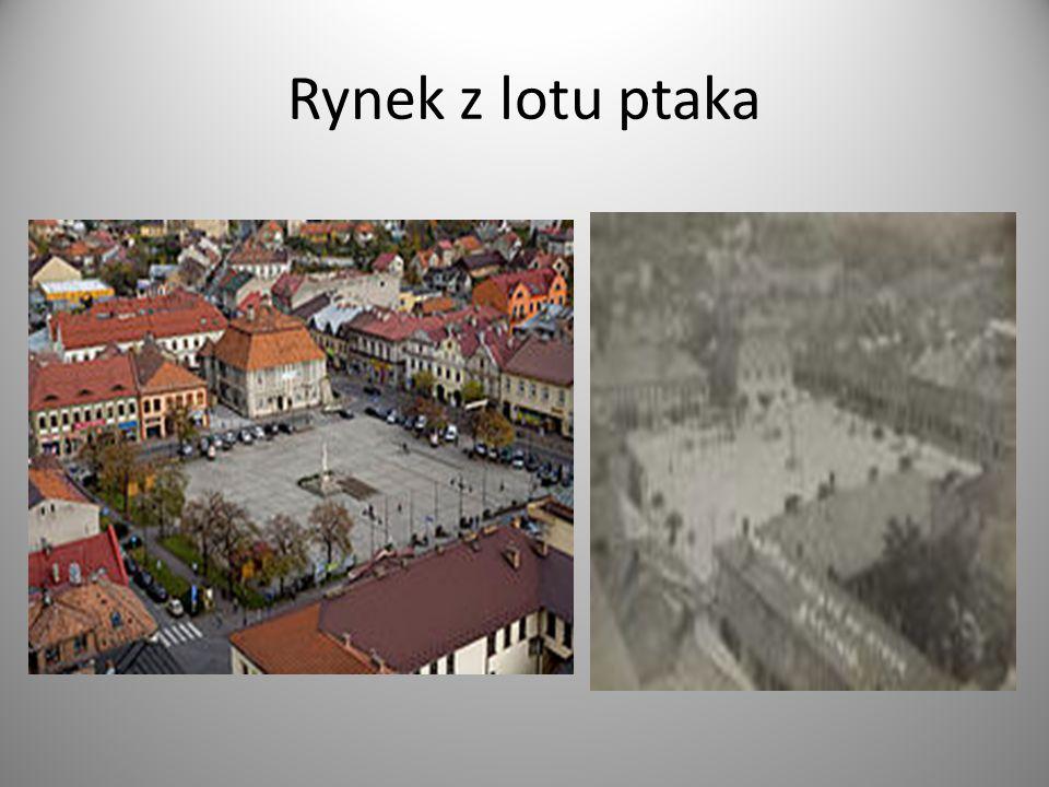 Na tak wytyczonym rynku stał w czasach staropolskich piętrowy murowany Ratusz.
