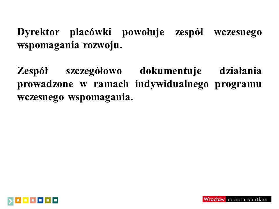 W stosunku do dzieci, które posiadają opinię o wczesnym wspomaganiu rozwoju dziecka a zajęcia realizowane są poza placówką, do której dziecko uczęszcza (informacja pisemna od rodzica) ma zastosowanie: Rozporządzenie Ministra Edukacji Narodowej z dnia 30 kwietnia 2013 r.