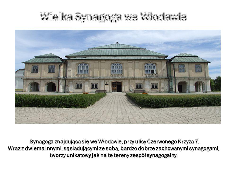 Synagoga znajdująca się we Włodawie, przy ulicy Czerwonego Krzyża 7. Synagoga znajdująca się we Włodawie, przy ulicy Czerwonego Krzyża 7. Wraz z dwiem