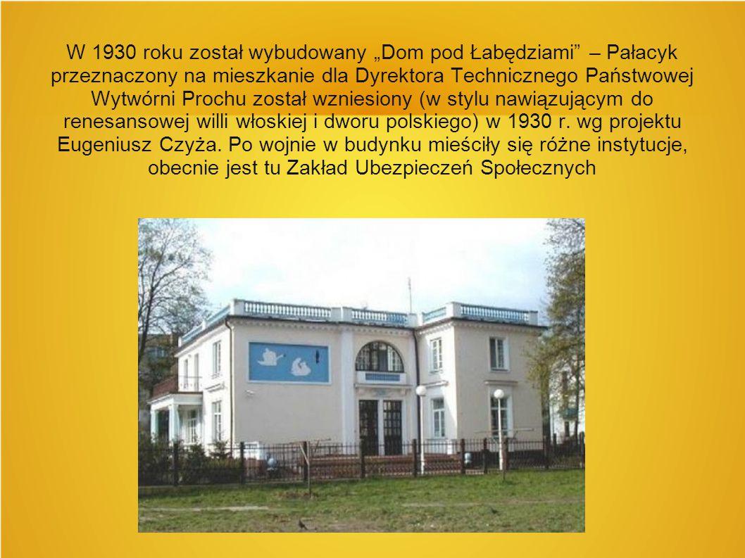 """W 1930 roku został wybudowany """"Dom pod Łabędziami"""" – Pałacyk przeznaczony na mieszkanie dla Dyrektora Technicznego Państwowej Wytwórni Prochu został w"""