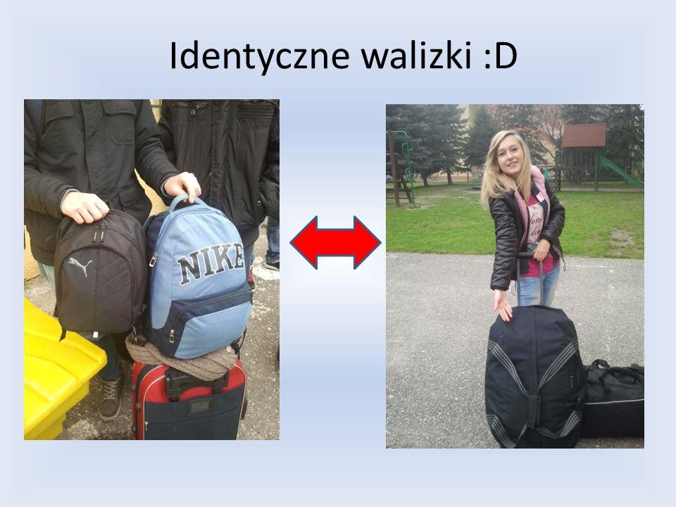 Identyczne walizki :D
