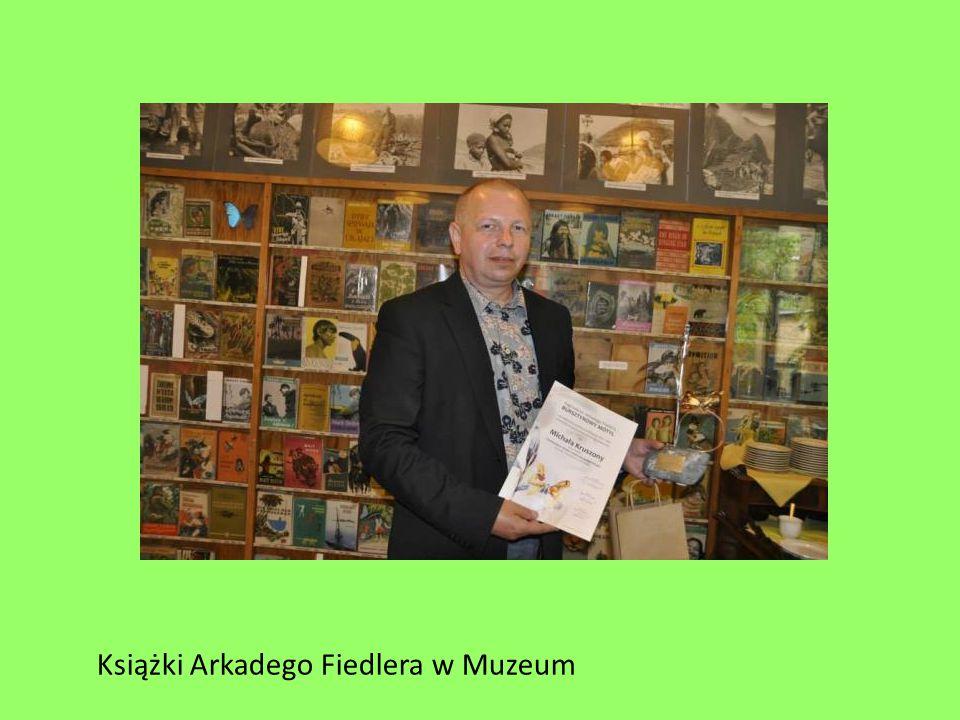 Książki Arkadego Fiedlera w Muzeum