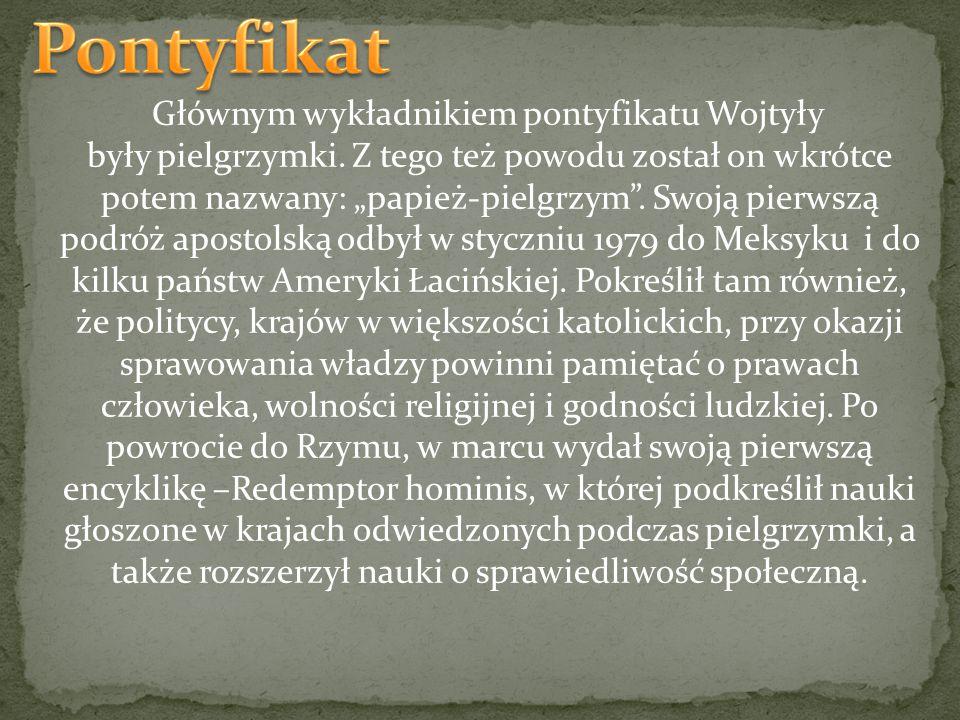 """Głównym wykładnikiem pontyfikatu Wojtyły były pielgrzymki. Z tego też powodu został on wkrótce potem nazwany: """"papież-pielgrzym"""". Swoją pierwszą podró"""