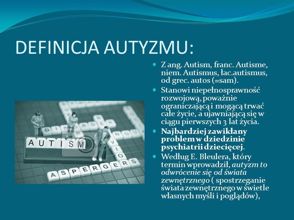 DEFICYT JĘZYKOWY W AUTYZMIE Język zajmuje główną pozycję wśród symptomów autyzmu Zaburzenia językowe typowe dla syndromu autyzmu są następujące: Brak reakcji na sygnały słowne jest charakterystyczną dla dzieci autystycznych, Towarzyszy mu nawiązywania kontaktów słownych; Występuje opóźnienie w przyswajaniu umiejętności wypowiadania się,