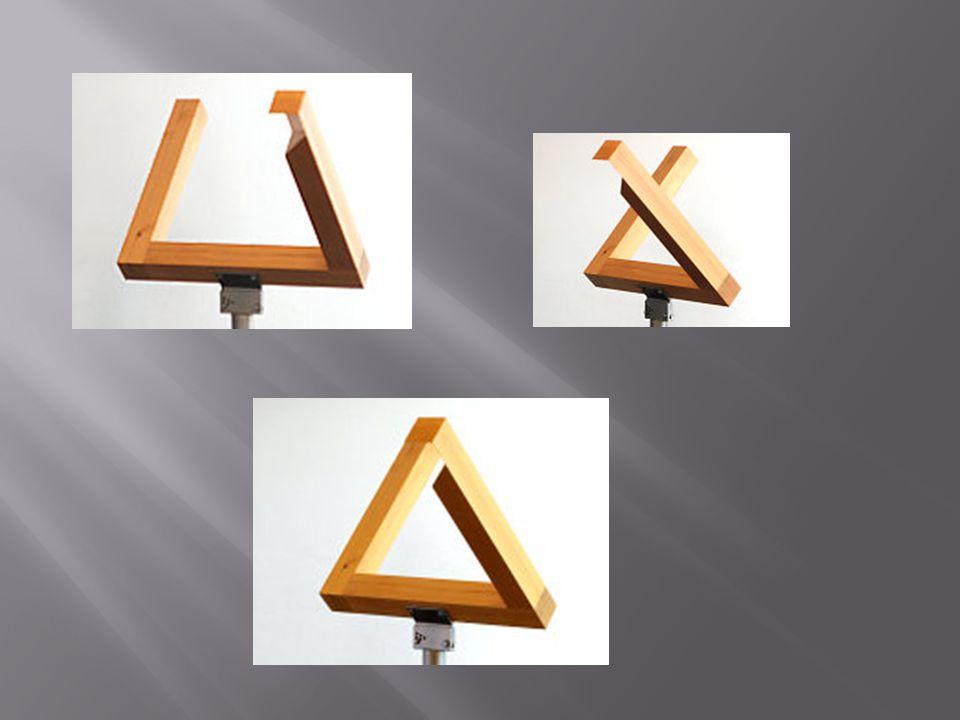 Figura z poprzedniego slajdu to Trójkąt Penrose'a.