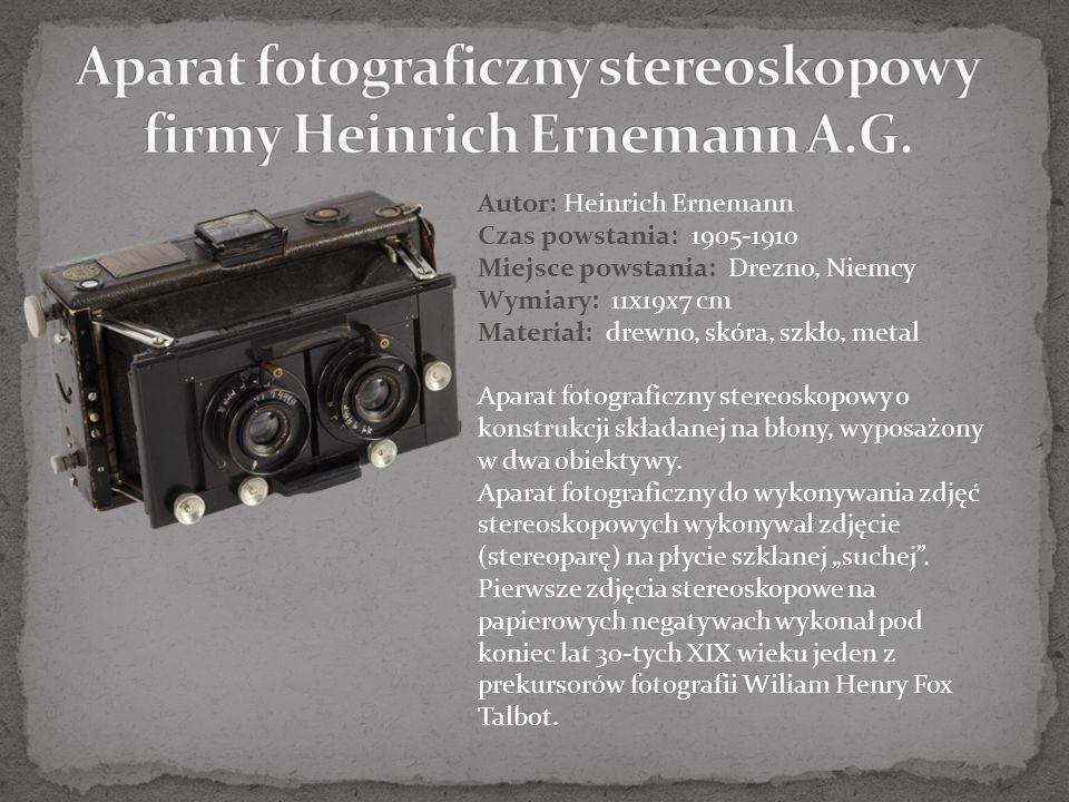 Autor: firma Houghton Czas powstania: 1934-1940 Miejsce powstania: Londyn, Wielka Brytania Wymiary: 5x9x2 cm Materiał: skóra, szkło, metal Miniaturowy aparat fotograficzny o konstrukcji składanej na błonę zwojową.