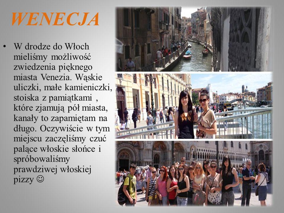 WENECJA W drodze do Włoch mieliśmy możliwość zwiedzenia pięknego miasta Venezia. Wąskie uliczki, małe kamieniczki, stoiska z pamiątkami, które zjamują