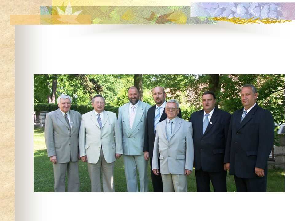 Biuro Zarządu Izby i biura powiatowe Biurem Zarządu Izby we Wrocławiu oraz biurami powiatowymi kieruje Dyrektor Henryk Zatorski