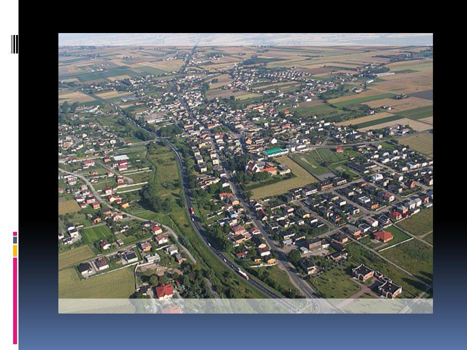 2. Informacje ogólne.  Gmina ma charakter miejsko – wiejski.  Jej sieć osadnicza obejmuje miasto i 36 miejscowości wiejskich.  Obszar wiejski podzi