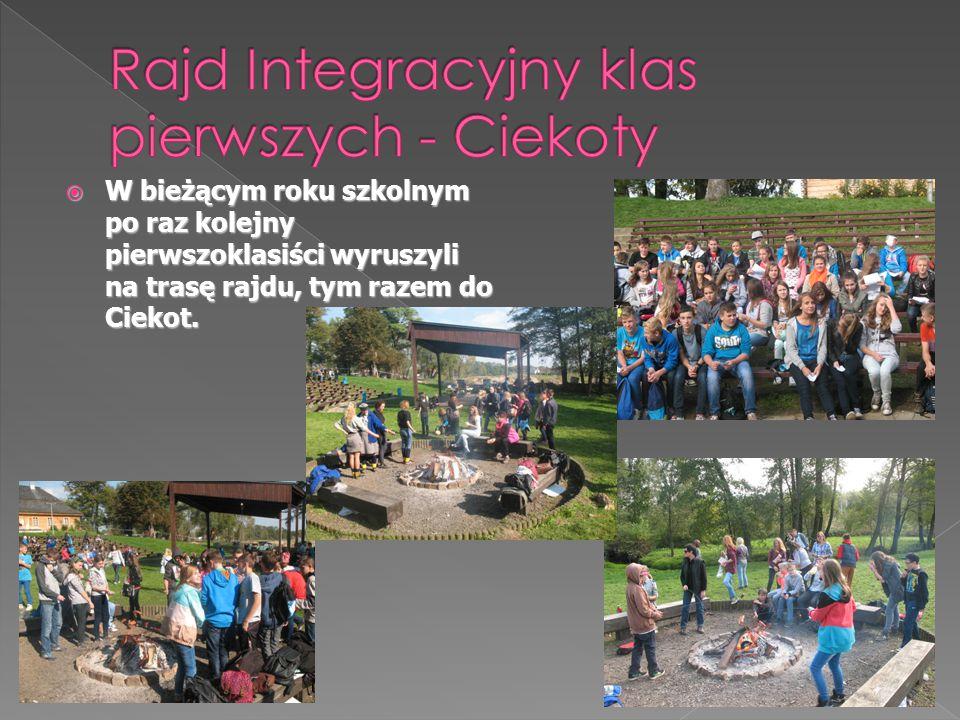 WWWW bieżącym roku szkolnym po raz kolejny pierwszoklasiści wyruszyli na trasę rajdu, tym razem do Ciekot.